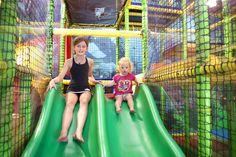 Fun voor jong en oud in het speelpaleis. Fair Grounds, Park, Pagan, Parks