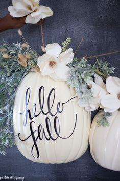 hello fall pumpkin design