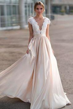 Gorgeous Tulle & Satin Bateau Neckline A-line Wedding Dress With Lace Appliques & 3D Flowers & Beadings