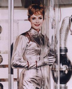 Lost in Space with June Lockhart Turner Classic Movies, Classic Tv, June Lockhart, Space Tv Series, Space Girl, Space Age, Vintage Tv, Vintage Space, Space Fashion