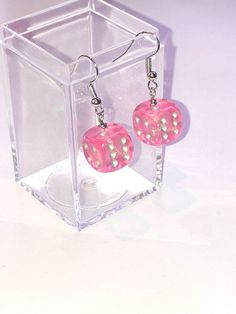 Excited to share this item from my shop: Pink sparkly dice earrings - earrings for gamer girls Source by pink Funky Earrings, Diy Earrings, Statement Earrings, Earrings For Girls, Weird Jewelry, Cute Jewelry, Jewelry Accessories, Funky Jewelry, Etsy Jewelry