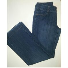 """Eddie Bauer jeans Dark blue wash (best shown in picture 1) wide leg opening. Extra rivet detailing on back pockets. 30"""" inseam. Very minimal wear on one of the back legs. 99% cotton 1% elasthanne Eddie Bauer Pants Boot Cut & Flare"""