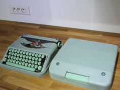 Hermes Baby Typewriter // Mint Light Green Portable Typewriter // Vintage Typewriter - pinned by pin4etsy.com