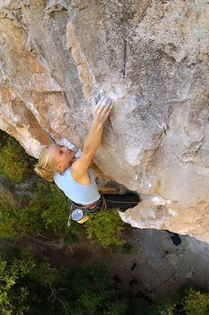 Emily Harrington, Zulu 5.14a, Rifle Mountain Park. Photo Keith Ladzinsky. by Wolverine Publishing, via Flickr