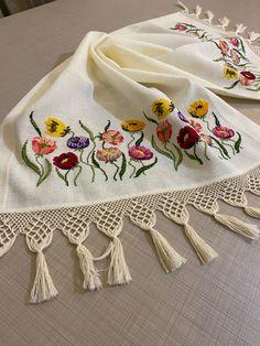 Cross Stitch Patterns, Shawl, Embroidery, Cross Stitch Quotes, Bath Linens, Bedspreads, Crochet Shawl Diagram, Dots, Tejidos