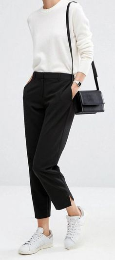 Virtual Styling: Search results for Spring trousers - All Post Casual Work Outfits, Mode Outfits, Work Casual, Simple Outfits, Fashion Outfits, Black Trousers Outfit Casual, Trousers Women Outfit, Work Trousers, Black Pants