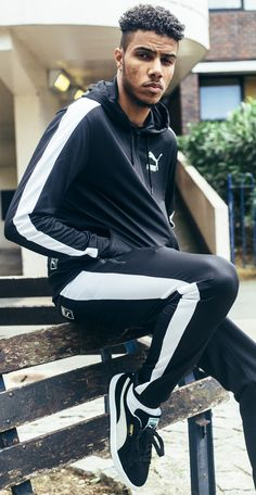 AJ Tracey Top Celebrities, Celebs, British Rappers, Grime Artists, Cute Black Guys, Man Crush Everyday, Uk Music, Hip Hop And R&b, Famous Singers