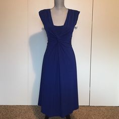 Twisted Front Dress Blue slinky dress with twisted front. Light padding in shoulders. Chaps Dresses