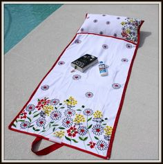 Beach Bag Towel  I have a full pictorial PDF tutorial and supply list for you to download or print HERE!