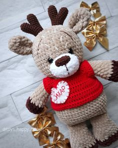 All free amigurumi crochet patterns and tutorials. Sc Crochet, Crochet Deer, Crochet Animal Amigurumi, Crochet Amigurumi Free Patterns, Crochet Animal Patterns, Crochet For Kids, Crochet Dolls, Crochet Gifts, Beanie Pattern Free