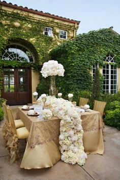 #glam #party look #wedding worthy #gold and #white #decor #garden #party #white #flowers #regal #elegant #outdoors
