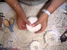 ▶ Bath Matt Shabby Chic Flower Tutorial - jennings644 - YouTube
