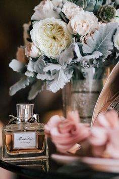 Ana Rosa ~ Miss Dior . ॐ ♥ ▾ ๑♡ஜ ℓv ஜ ᘡղlvbᘡ༺✿ ☾♡ ♥ ♫ La-la-la Bonne vie ♪ ❥ Parfum Dior, Parfum Paris, Chanel Perfume, Miss Dior, Vintage Pastel Wedding, Deco Rose, Perfume Packaging, Gris Rose, Perfume Collection