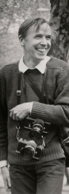 Cunningham (born is a fashion photographer for The New York Times, known for his candid street photography. Contemporary Photographers, Famous Photographers, Bill Cunningham New York, Billy Cunningham, Love Photography, Street Photography, Modeling Fotografie, Face Study, New York Street