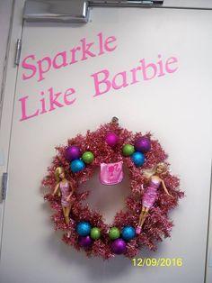 Barbie Wreath Ornament Wreath, Ornaments, Christmas Barbie, Crafting, Corner, Sparkle, Wreaths, Decor, Decoration