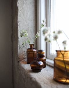 Details: apothecary jars