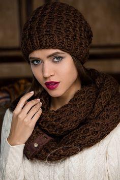 Bloom шапка и снуд - купить оптом с доставкой по Москве и России. Примеры фото и разнообразие цветов!