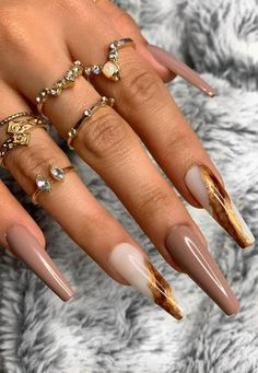 10 Creative Nail Designs for Short Nails to Create Unique Styles Aycrlic Nails, Coffin Nails, Hair And Nails, Brown Acrylic Nails, Best Acrylic Nails, Brown Nails, Cute Acrylic Nail Designs, Brown Nail Designs, Nail Tip Designs