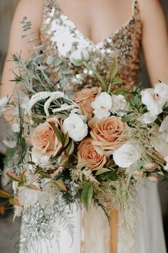 A styled shoot that's not only high in sparkle but also high in glam and elegance, oh, the things we love about this epic NYE wedding inspiration. Great Gatsby Wedding, Wedding Hats, Wedding Vendors, Perfect Wedding, Fall Wedding, Dream Wedding, Wedding Things, Glitter Wedding, Floral Wedding