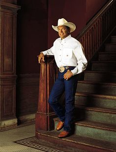 George Strait  King George  some kind of handsome