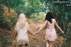 Best friends fashion girly photography outdoors nature hipster fall autumn
