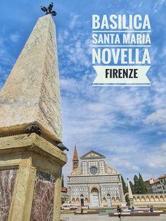 """A Basílica de Santa Maria Novella, localizada na praça homônima, no centro histórico de Florença, reúne obras de arte e objetos históricos do setor da pintura, escultura e arquitetura. Existem dois obeliscos na praça, realizados na segunda metade do século 16, sob encomenda de Cosimo I de' Medici. Os obeliscos serviam para delimitar a área onde acontecia o """"Palio dei Cocchi"""", uma corrida com charretes que eram puxadas por dois cavalos e que começou a ser realizada na praça em 1563"""