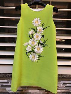EEUC Dolce And Gabbana Lime Green Crepe Wool Daisy Dress Girl 6 $750 #DolceAndGabbana