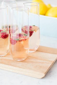 Summer Champagne cocktail: http://www.stylemepretty.com/living/2015/07/01/the-prettiest-patriotic-cocktails-for-the-4th-of-july/