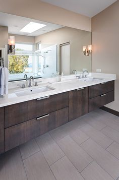Amazing Modern Bathroom Vanities for Stylish Home: Modern Cream Themed Btah With Floating Wooden Modern Bathroom Vanities Idea With Double S...