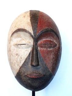 Maison de ventes aux enchères en ligne Catawiki: Masque africain - GALOA - Gabon African Masks, African Art, Ceramic Mask, Art Premier, Art Diy, Art Sculpture, Tribal Art, Ancient Art, Primitive