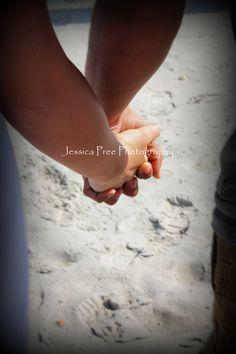 #couples #husbandandwife #photography #engagement #beach   jessicapreephotography.shutterfly.com    https://www.facebook.com/JessicaPreePhotography    jessicapree@live.com