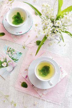 Wiem co jem: Herbatka ze świeżej melisy