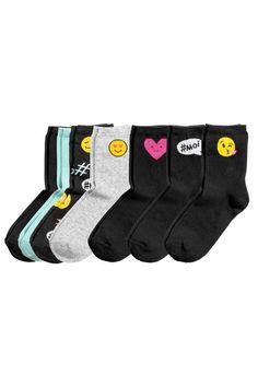 7-pack socks: Fine-knit socks in various colours.
