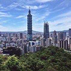 Elephant Mountain, Taipei, Taiwan // View on Taipei101