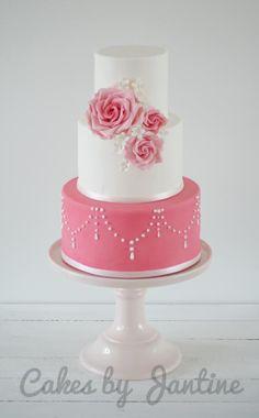Sweet pink roses cake