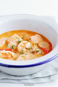 posmakujto! | Norweska zupa rybna z łososiem i krewetkami Thai Red Curry, Soup Recipes, Soups, Seafood, Food And Drink, Fish, Meals, Cooking, Ethnic Recipes