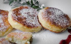 Skaniai ir sočiai be mėsos - 43 puikūs receptai! Lithuanian Recipes, Lithuanian Food, Rye Bread, Cottage Cheese, Doughnut, Berries, Stuffed Mushrooms, Dinner, Cooking