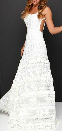blanco encaje vestido con fina correa y abierto lado