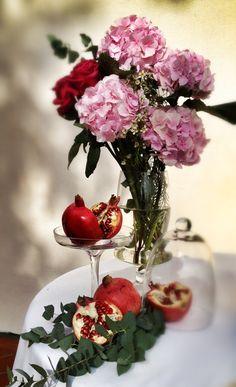 pomegranates, La Rosa Canina FIRENZE www.larosacaninafioristi.it