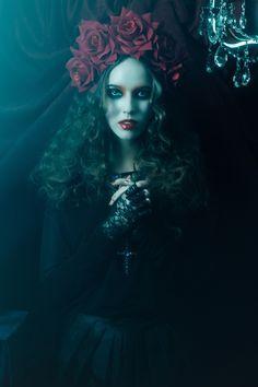 gothic beauty magazine models | Victoire , la rose e | Неформальные образы ...