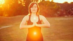 Learn How to Do Clairvoyant Aura Reading and Heal your aura for a healthier and more joyful you! Have you ever been able to witness a glow around another person? Have you ever looked into a mirror and seen a field of energy surrounding your body? If yes, you have already witnessed an aura. In the … Continue reading Clairvoyant Aura Reading for Beginners →