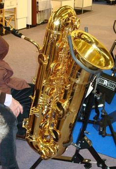 Another nice image of the goliath.  (Contrabass sax) I hear tell they are also working on a subcontrabass.