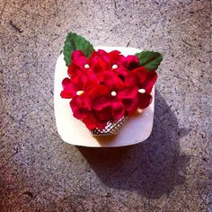 Flowers brooch thimble by Ici-Pici design https://www.facebook.com/icipicicreations?fref=photo