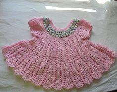 Vestido del bebé del ganchillo rosa y verde