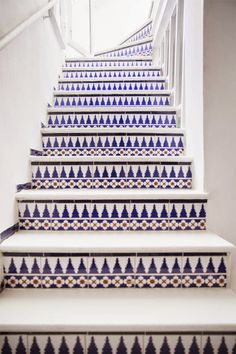 Tiled staircase in Tangier. I would love to have a tiled staircase in my home someday! Tiled Staircase, Tile Stairs, Staircase Design, Mosaic Stairs, White Staircase, Staircase Ideas, Staircase Architecture, Installation Architecture, Basement Stairs
