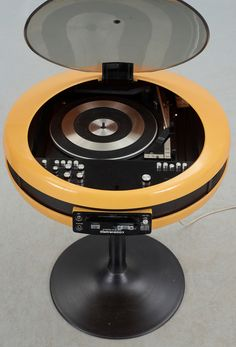 """""""GEC Weltron 2007 Stereo System"""", Japan"""