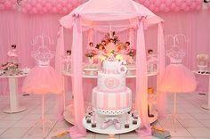 linda meda decorada para festa infantil de Bailarina