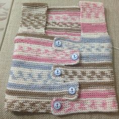 Yelek | Crochet For Kids, Crochet Baby, Knit Crochet, Kids Patterns, Knitting Patterns, Crochet Clothes, Kids Wear, Baby Knitting, Baby Shoes