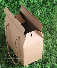 Vintage Style Gable Boxes/ Lunch Boxes - Party/ Wedding Favor Box