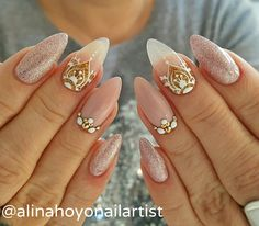 nail art # nails instanailart # nailpromagazine # nailsmagazine # nailswag # swarovski Source by salinarush Cute Nails, Pretty Nails, Henna Nails, Mandala Nails, Modern Nails, Latest Nail Art, Nail Art Hacks, Stylish Nails, Nail Artist